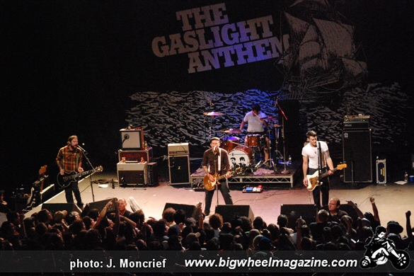 gaslight anthem preview Find a the gaslight anthem - sink or swim demos first pressing or reissue complete your the gaslight anthem collection shop vinyl and cds.